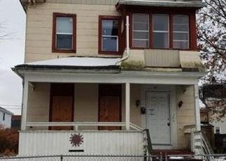 Foreclosed Home in Springfield 01109 GRANT ST - Property ID: 4446662556