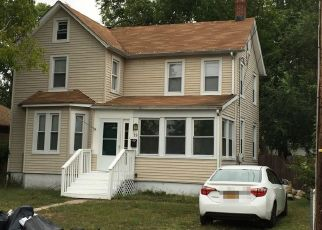 Foreclosed Home in Keansburg 07734 MANNING PL - Property ID: 4446697592