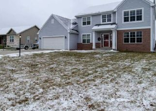 Foreclosed Home in Milwaukee 53223 BRANDYBROOK TRL - Property ID: 4446729564