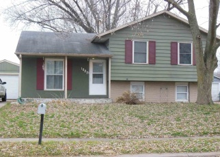 Foreclosed Home in Davenport 52806 W 54TH ST - Property ID: 4446880670