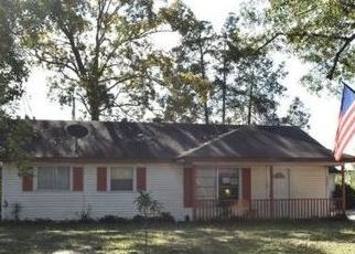 Foreclosed Home in Conroe 77303 NORTHWOOD DR - Property ID: 4446906952