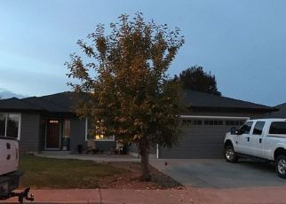 Foreclosed Home in Central Point 97502 APPLEWOOD DR - Property ID: 4446910892