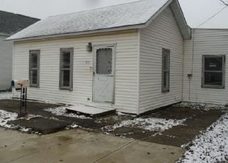 Foreclosed Home in Churubusco 46723 W WHITLEY ST - Property ID: 4446934985