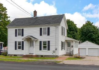 Foreclosed Home in Amesbury 01913 MARKET ST - Property ID: 4446935858