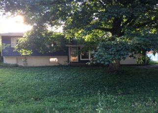 Foreclosed Home in Farmer City 61842 BROOKVIEW DR - Property ID: 4447133374