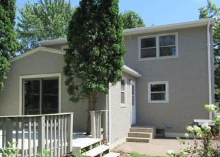 Foreclosed Home in South Saint Paul 55075 7TH AVE S - Property ID: 4447144316
