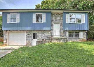 Foreclosed Home in Jefferson City 37760 RUSSELL AVE - Property ID: 4447160527