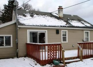 Foreclosed Home in Rochester 14609 WHITLOCK RD - Property ID: 4447174996