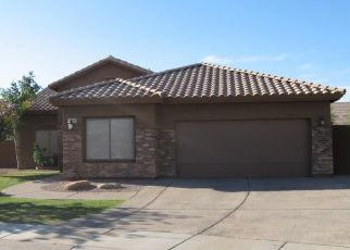 Foreclosed Home in Glendale 85303 N 82ND LN - Property ID: 4447208258