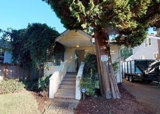 Foreclosed Home in Seattle 98133 MIDVALE AVE N - Property ID: 4447224921