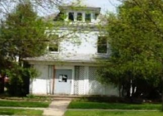 Foreclosed Home in Mitchell 57301 S DUFF ST - Property ID: 4447260386