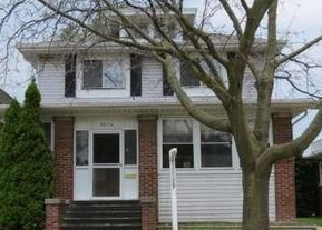 Foreclosed Home in Racine 53405 WASHINGTON AVE - Property ID: 4447271326