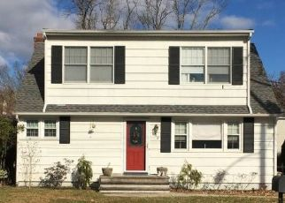 Foreclosed Home in Neptune 07753 WOODMERE AVE - Property ID: 4447306822