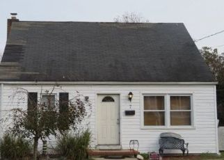 Foreclosed Home in Glen Burnie 21061 CROMWELL AVE - Property ID: 4447340987