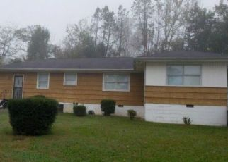 Foreclosed Home in Chattanooga 37411 TALLEY RD - Property ID: 4447373381
