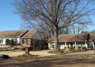 Foreclosed Home in Memphis 38141 WOODBERRY CV - Property ID: 4447421109
