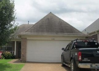 Foreclosed Home in Cordova 38018 CROSS VALLEY DR - Property ID: 4447425953