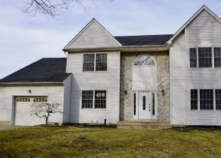 Foreclosed Home in Keansburg 07734 HELFRICH LN - Property ID: 4447434701