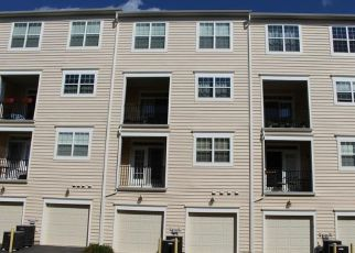 Foreclosed Home in Ashburn 20148 BEACON CREST TER - Property ID: 4447504331