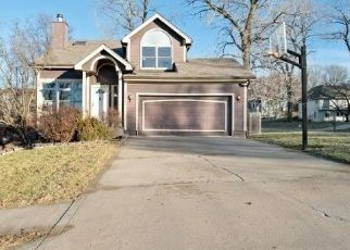 Foreclosed Home in Kansas City 64153 NW 86TH TER - Property ID: 4447526675