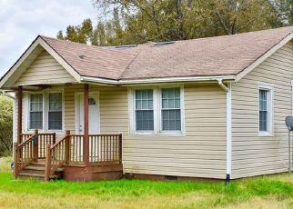 Foreclosed Home in Petersburg 23803 DUPUY RD - Property ID: 4447540693