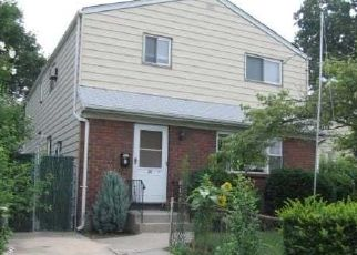 Foreclosed Home in Elmont 11003 HUNNEWELL AVE - Property ID: 4447656765