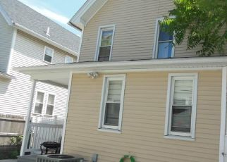 Foreclosed Home in Bridgeport 06608 BERKSHIRE AVE - Property ID: 4447699227