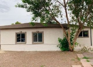 Foreclosed Home in Phoenix 85033 W SHEILA LN - Property ID: 4447708883