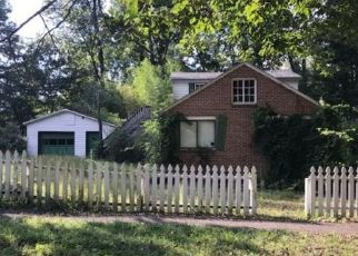 Foreclosed Home in Norris 37828 PINE RD - Property ID: 4447727261