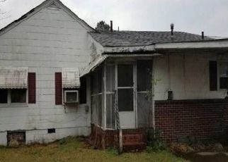 Foreclosed Home in Norfolk 23504 RUGBY ST - Property ID: 4447747412