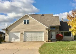 Foreclosed Home in Green Bay 54311 FALDO LN - Property ID: 4447758358
