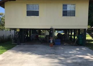 Foreclosed Home in Naples 34113 3RD ST - Property ID: 4447765367
