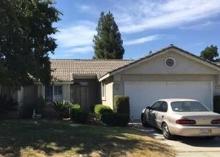 Foreclosed Home in Fresno 93722 N DELBERT AVE - Property ID: 4447779383