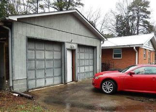 Foreclosed Home in Charlotte 28214 PAW CREEK RD - Property ID: 4447788582