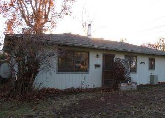 Foreclosed Home in Yreka 96097 OAK ST - Property ID: 4447802151