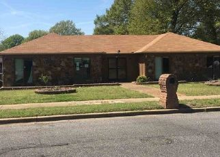 Foreclosed Home in Memphis 38115 EMERALD ST - Property ID: 4447859986