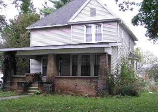 Foreclosed Home in Clinton 47842 WALNUT ST - Property ID: 4447974279