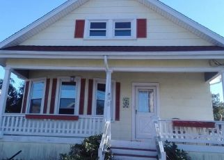Foreclosed Home in Fairhaven 02719 MORTON ST - Property ID: 4447976927