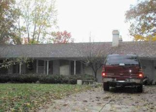 Foreclosed Home in Fort Wayne 46815 INWOOD DR - Property ID: 4448076329