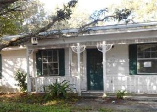 Foreclosed Home in Gulf Breeze 32563 STANFORD RD - Property ID: 4448153863