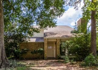 Foreclosed Home in Kingwood 77339 OAK GARDENS DR - Property ID: 4448205988