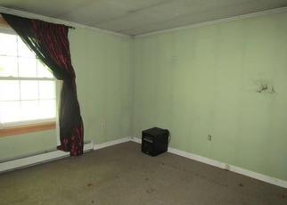 Foreclosed Home in Rockland 04841 THOMASTON ST - Property ID: 4448232242