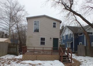 Foreclosed Home in Lansing 48912 REGENT ST - Property ID: 4448260723