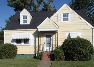 Foreclosed Home in Newport News 23607 13TH ST - Property ID: 4448306709