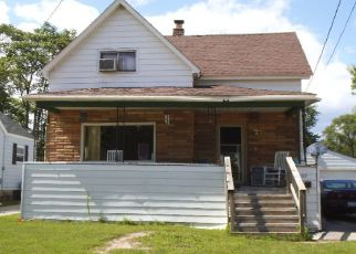 Foreclosed Home in Bay City 48706 E SMITH ST - Property ID: 4448459558