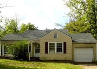 Foreclosed Home in Muskogee 74401 DENVER ST - Property ID: 4449240913