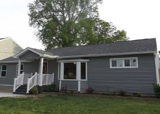 Foreclosed Home in Norfolk 23518 TARRALLTON DR - Property ID: 4449253161
