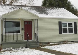 Foreclosed Home in Parkersburg 26104 42ND ST - Property ID: 4449254481