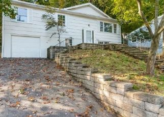Foreclosed Home in Rockaway 07866 VALLEY VIEW DR - Property ID: 4449276379
