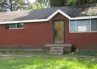 Foreclosed Home in East Saint Louis 62207 OLD MISSOURI AVE - Property ID: 4449308798